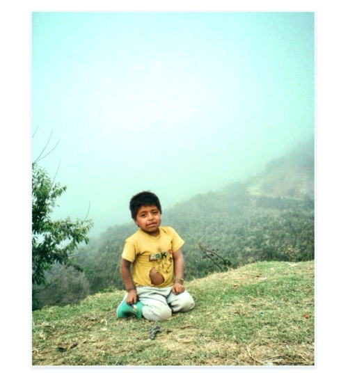 At 6 pm sharp, every day, fogs were climbing the mountains and embracing the community in a fairy-like atmosphere. Daniel was playing on the grass. I caressed him, his skin was rough. I will always remember that touch ❤ Ecuador, year 2000.